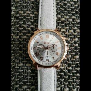 Reloj con pulsera de cuero blanco-color oro