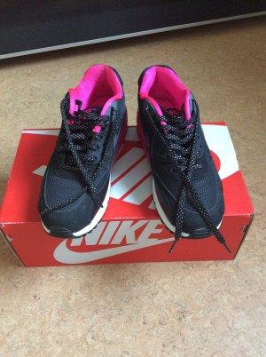 Tolle Nike air Max schwarz pink Glitzerschürsenkel
