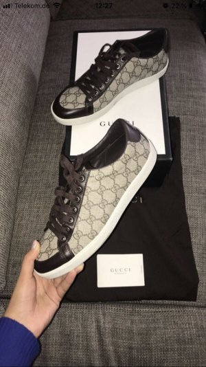Gucci Sneakers met veters lichtbruin-beige
