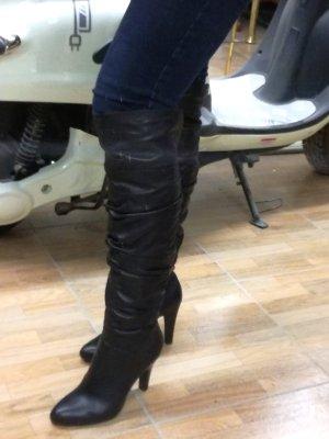 Tolle Overknees/Stiefel aus Echtleder