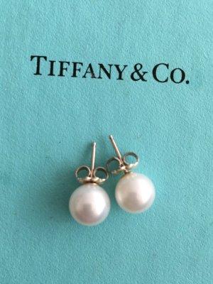 Tolle Perlenohrringe von Tiffany & Co.
