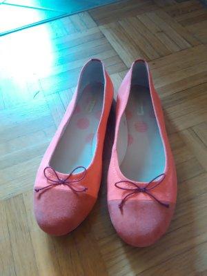 Tolle pinke Blickfang-Ballerinas