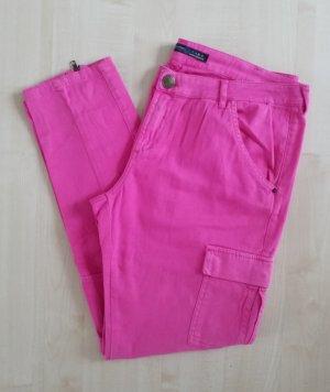 Tolle pinke Jeanshose von Zara mit Reißverschlüssen an den Waden