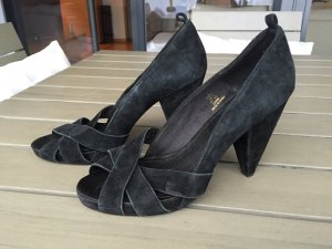 Tolle Pumps aus Veloursleder