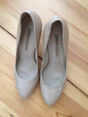 Tolle Pumps in Nude von Buffalo