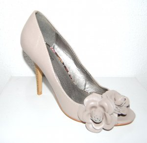 tolle Pumps - Peep Toes in Taupe von Blanco Gr.38