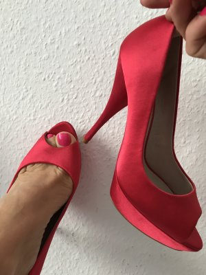 tolle rote WOW! Satin- Plateau Highheels