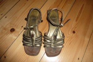Tolle Sandalen - bronzefarben