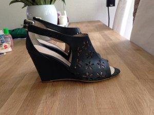 Tolle Sandaletten mit Keilabsatz - der Sommer kommt!!