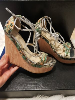 Tolle Sandaletten mit Keilabsatz