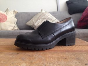 Tolle Schuhe aus Leder