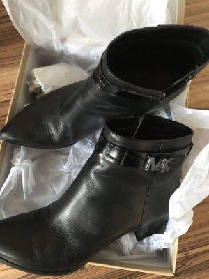 Tolle schwarze Boots von Michael Kors