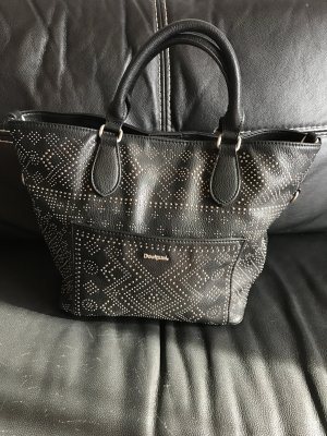 Tolle Schwarze DESIGUAL Handtasche