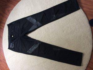Tolle schwarze Jeans Parisienne von Maison Scotch mit Ledereinsätzen