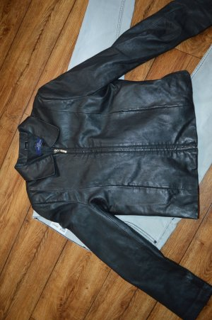 Tolle schwarze Lederjacke mit Zipper Gr.36 EB Company Casual