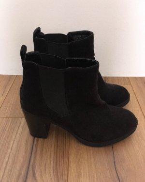 Atmosphere Chaussure à talons carrés noir