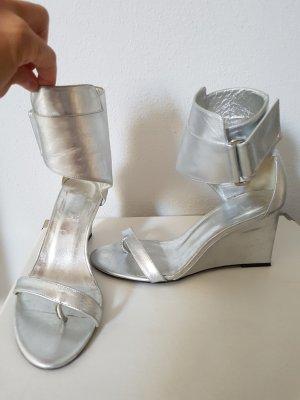 Tolle silberne Sandaletten
