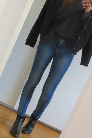 Tolle skinny Jeans dunkelblau Vero Moda