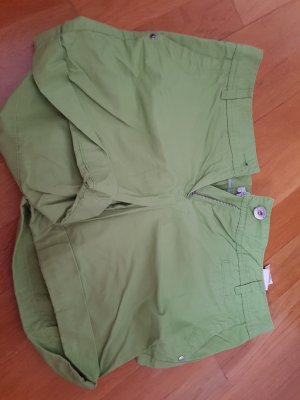 tolle soliver shorts im trendigen hellgrün