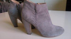 Akira Low boot gris clair-gris