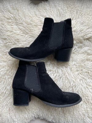 Tamaris Slip-on Booties black