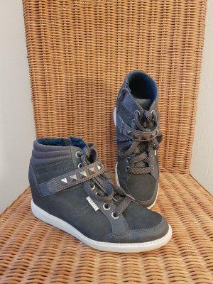 Esprit Wedge Booties grey