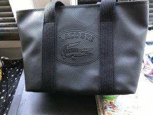 Tolle Tasche von LACOSTE