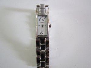 Tolle Uhr von DKNY