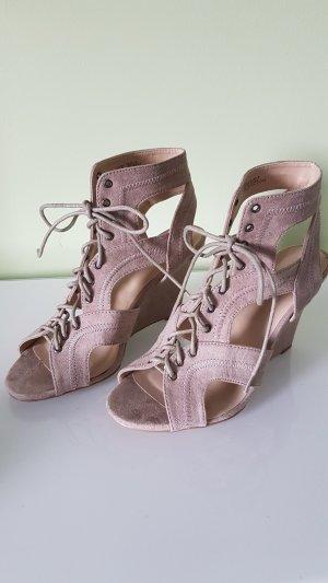 Tolle Wedges Sandaletten in Beige/Altrosa Gr. 38