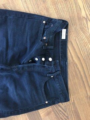 Tolle zerrissene schwarze high waist Jeans von Levi's - ungetragen
