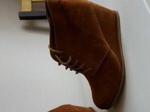 toller ankle boot in braun