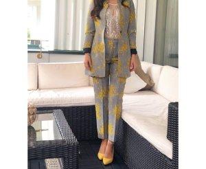 Zara Traje de pantalón gris-amarillo