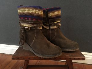 Toller Boho-Style-Stiefel mit Wedges