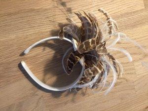 Toller Fascinator / Haarreif mit Federn