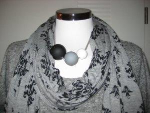 toller grauer Schal von Liberty