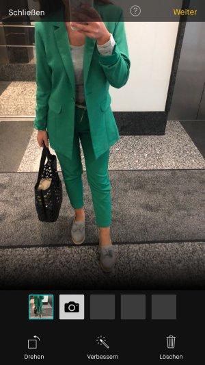 Toller grüner anzug