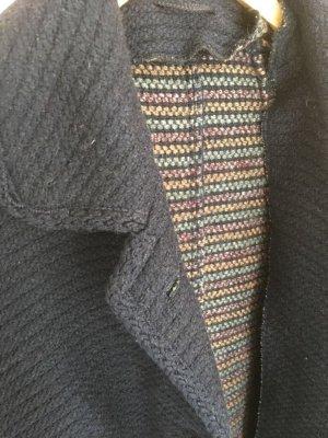Toller, klassischer Wollmantel in dunkelblau, extra lang, mit Taschen,