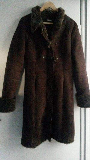 Toller langer Mantel in braun von Promod