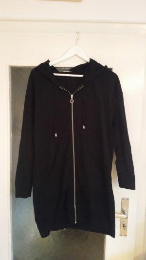 Toller langer Sweatshirt-Cardigan in schwarz von Zara.
