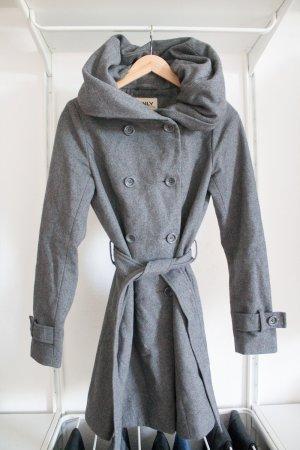 Toller Mantel von Only mit Riesenkragen