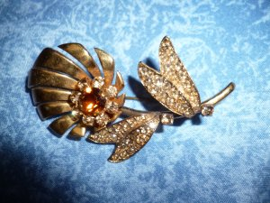 Vintage Broche orange doré