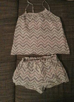 toller neuer Schlafanzug Set