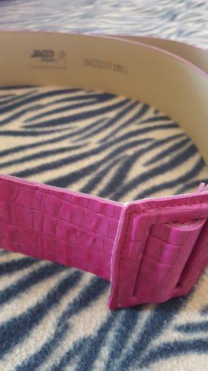 toller pinkfarbener Gürtel