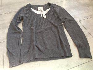 Toller Pullover mit Bluseneinsatz von Esprit / grau