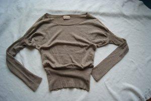 toller Pullover mit Fledermausärmeln