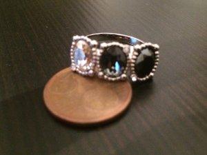 Toller Ring von Swarovski - Gr. 58