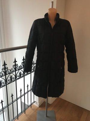 Fashion concept Manteau en duvet noir