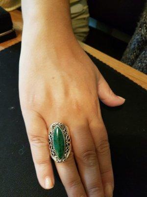 Toller Silberring (925)mit grünem Naturstein, handgeschmiedet!