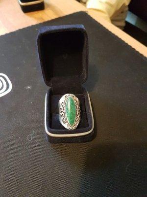 toller Silberring mit Naturstein, handgeschmiedet!
