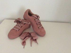 Toller Sneaker in rosa von Puma